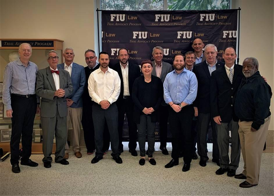 Professors Smith and Fingerhut Present CLE@FIU on Closing Argument