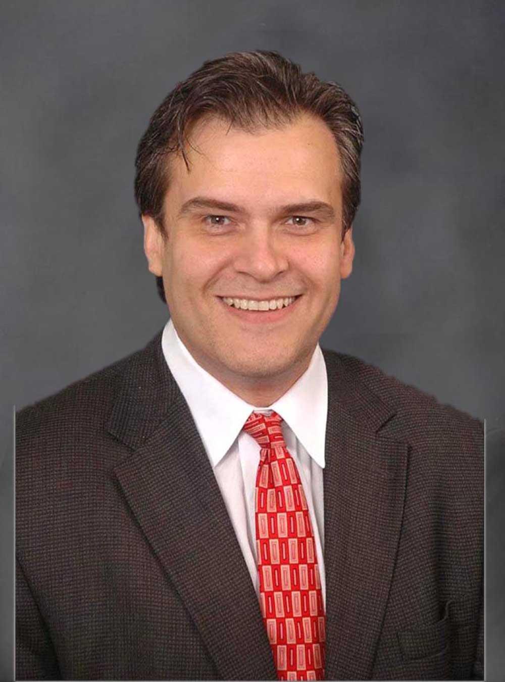 Portrait of Ediberto Roman